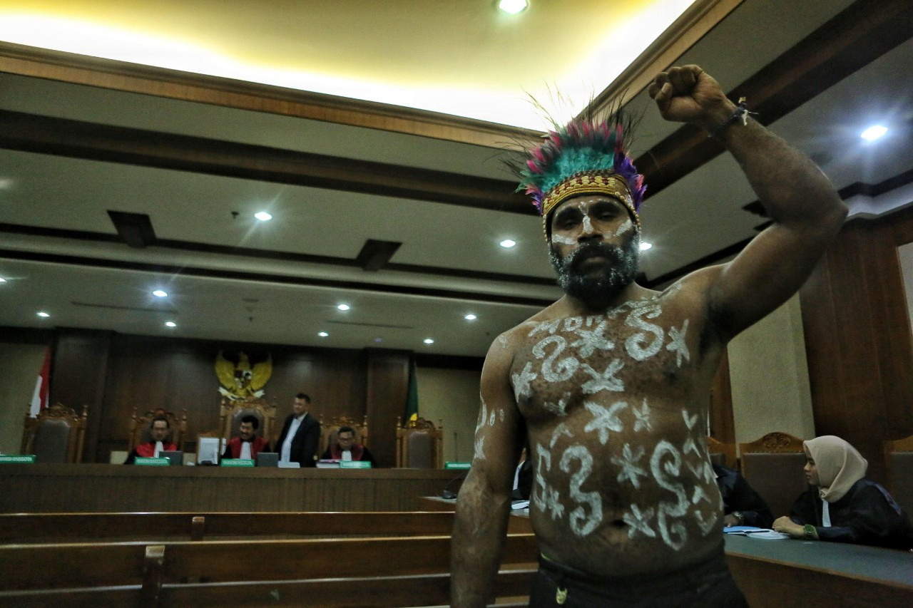 One year on, Tapol reports 61 deaths, 1,013 arrests during Papuan antiracism rallies