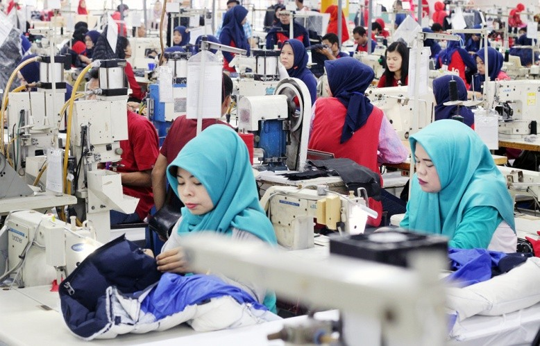 1.2 million Indonesian workers furloughed, laid off as COVID-19 crushes economy