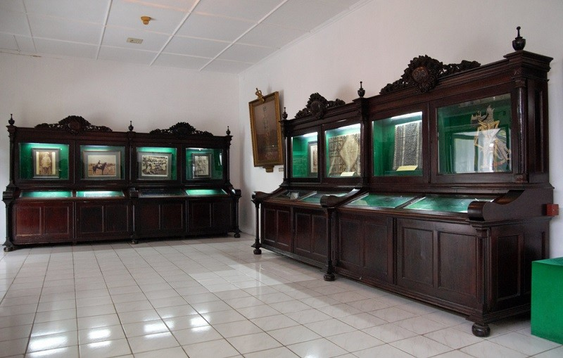 What not to do when visiting Yogyakarta Palace Museum