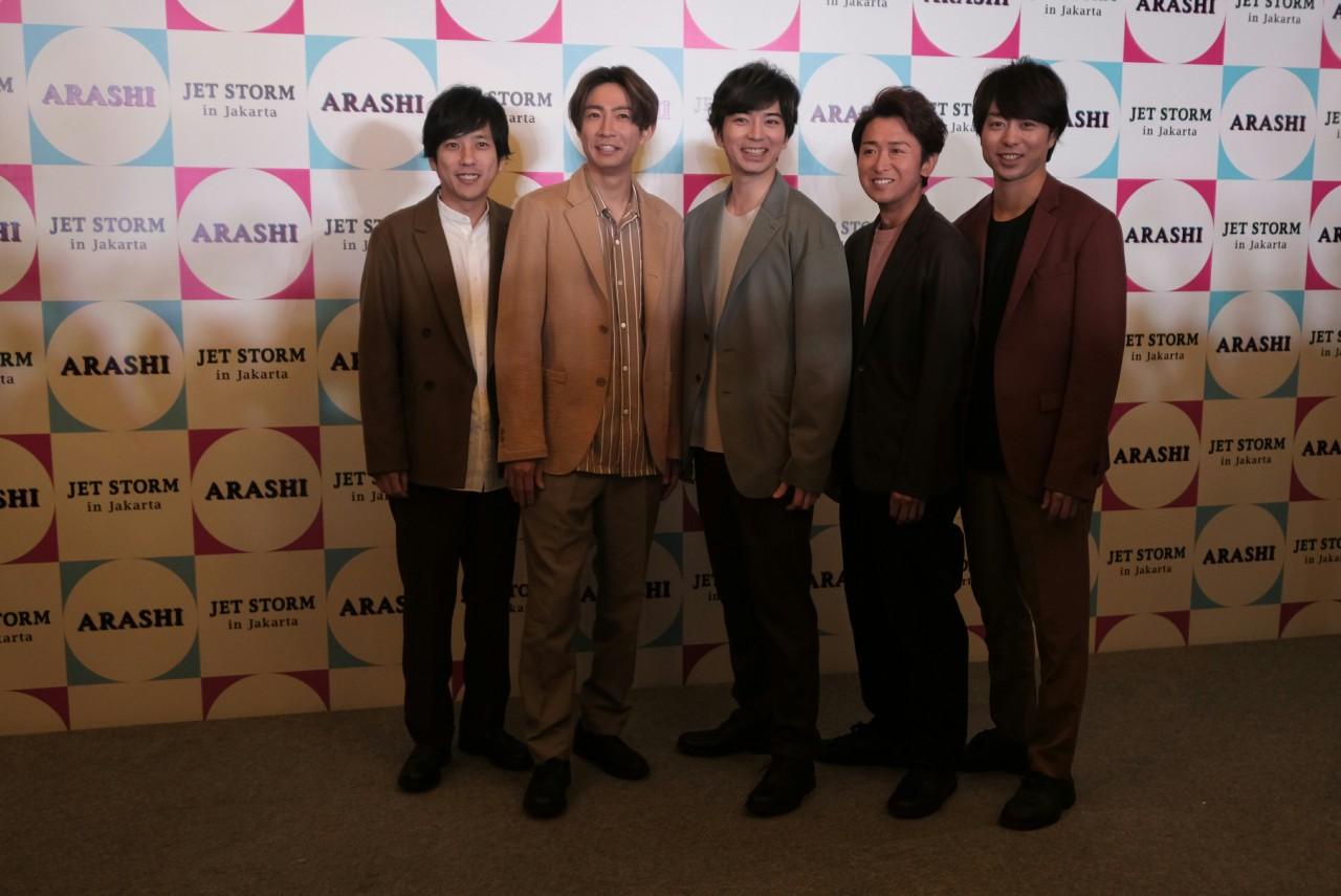 Japan pop group Arashi's album becomes world's top seller in 2019