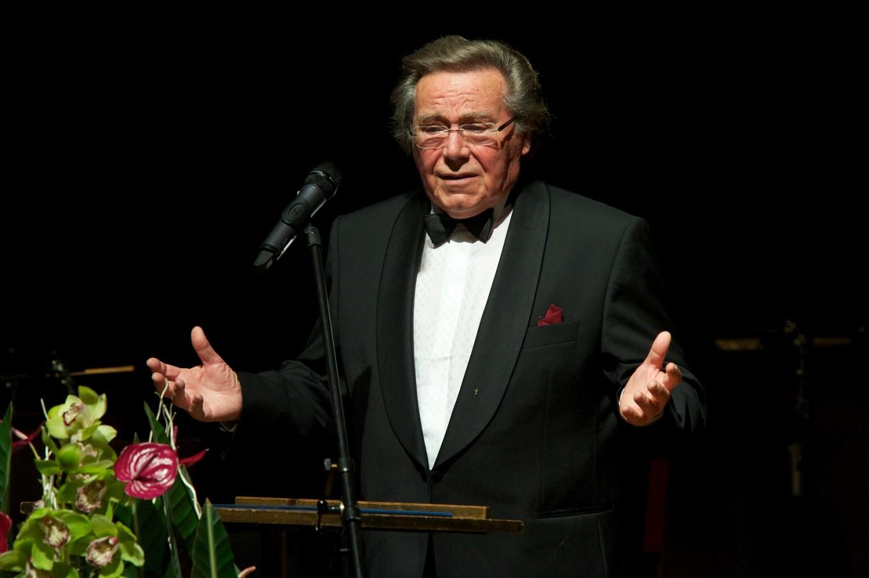 Legendary German tenor Peter Schreier dies aged 84