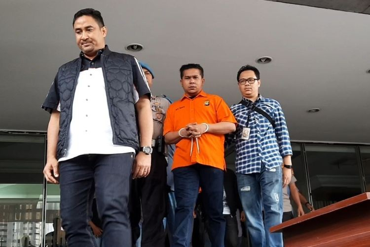Novel Baswedan's attackers found guilty, sentenced to two years, 18 months in prison