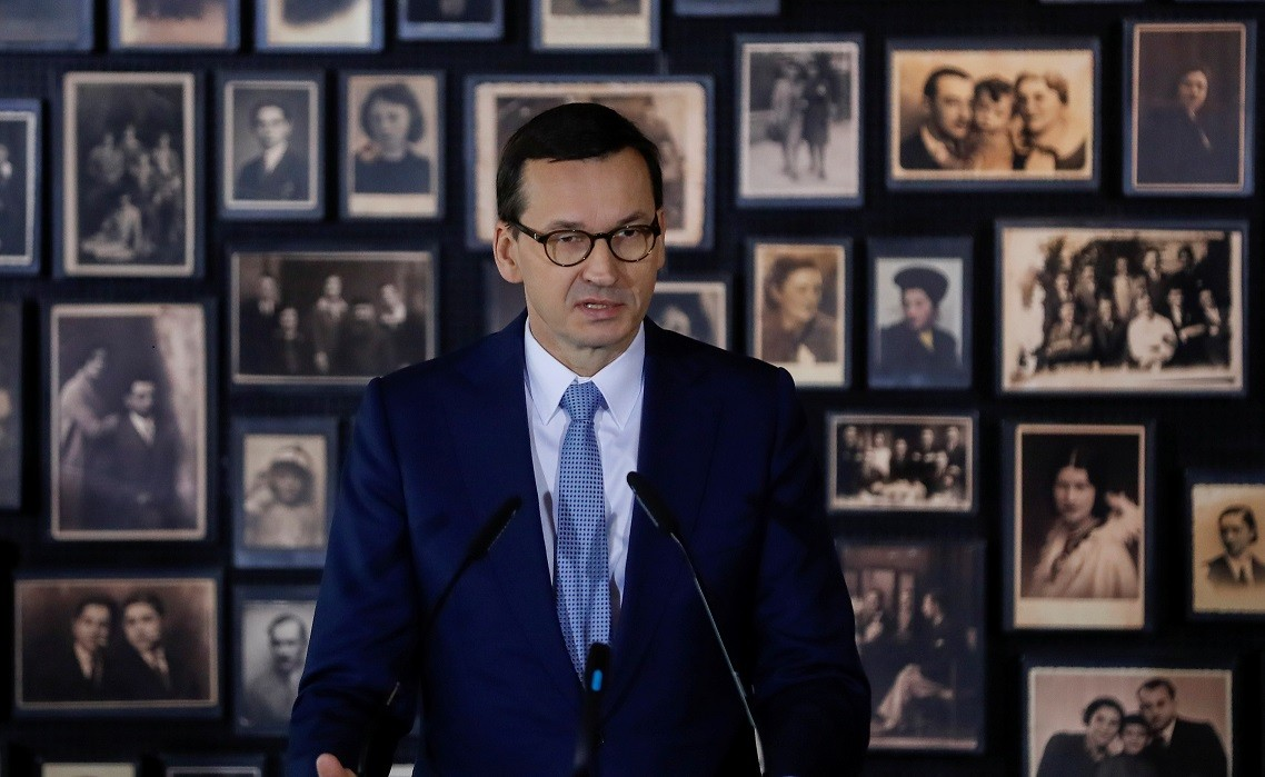 Polish PM condemns Putin for WWII 'lies'