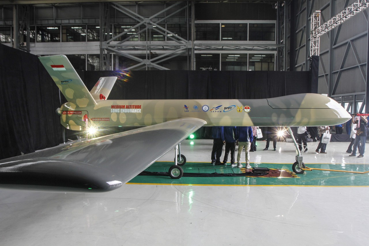 Jokowi orders local military drone manufacturing to start by 2022