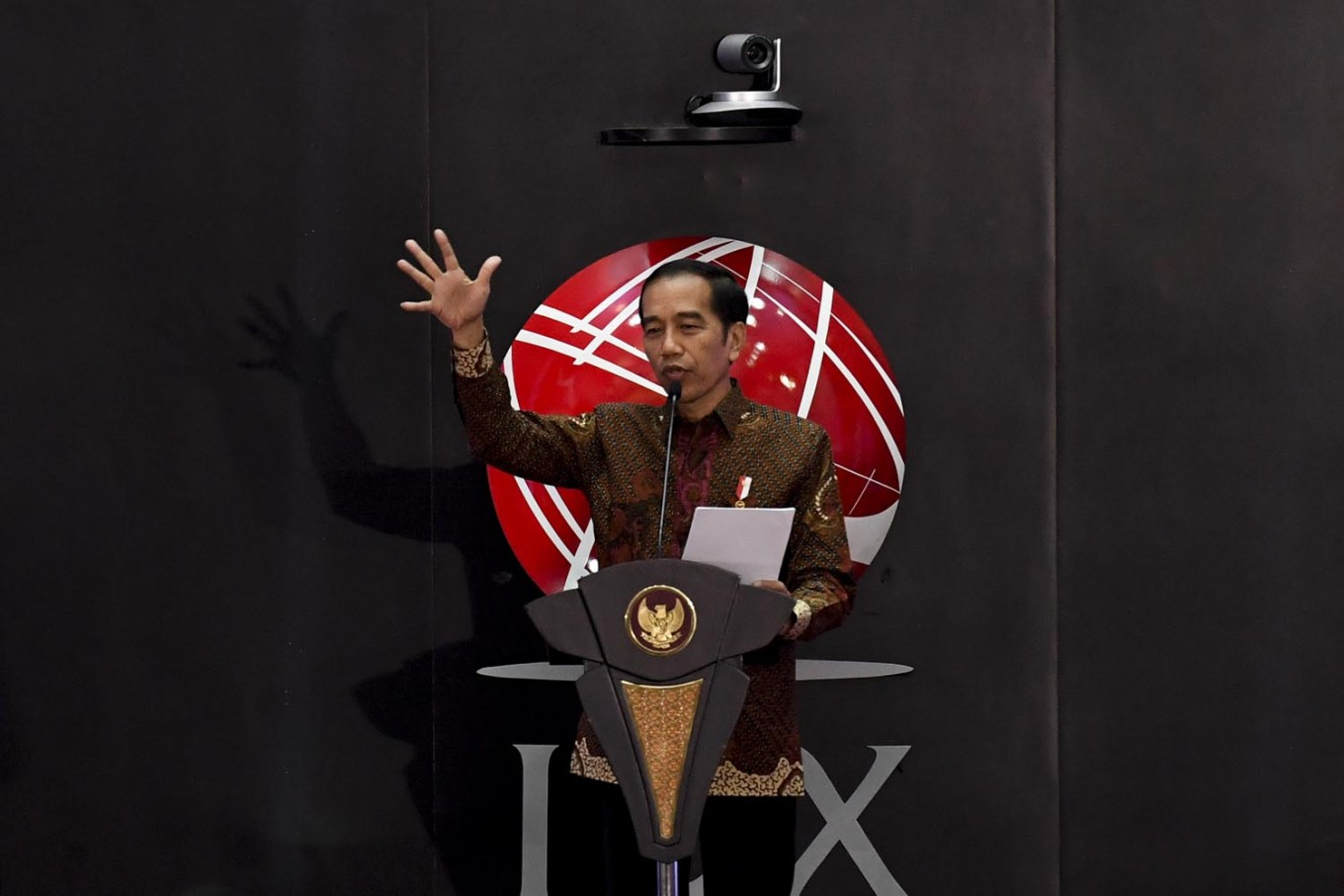'Don't let distrust disrupt our economy': Jokowi urges reform in financial industry
