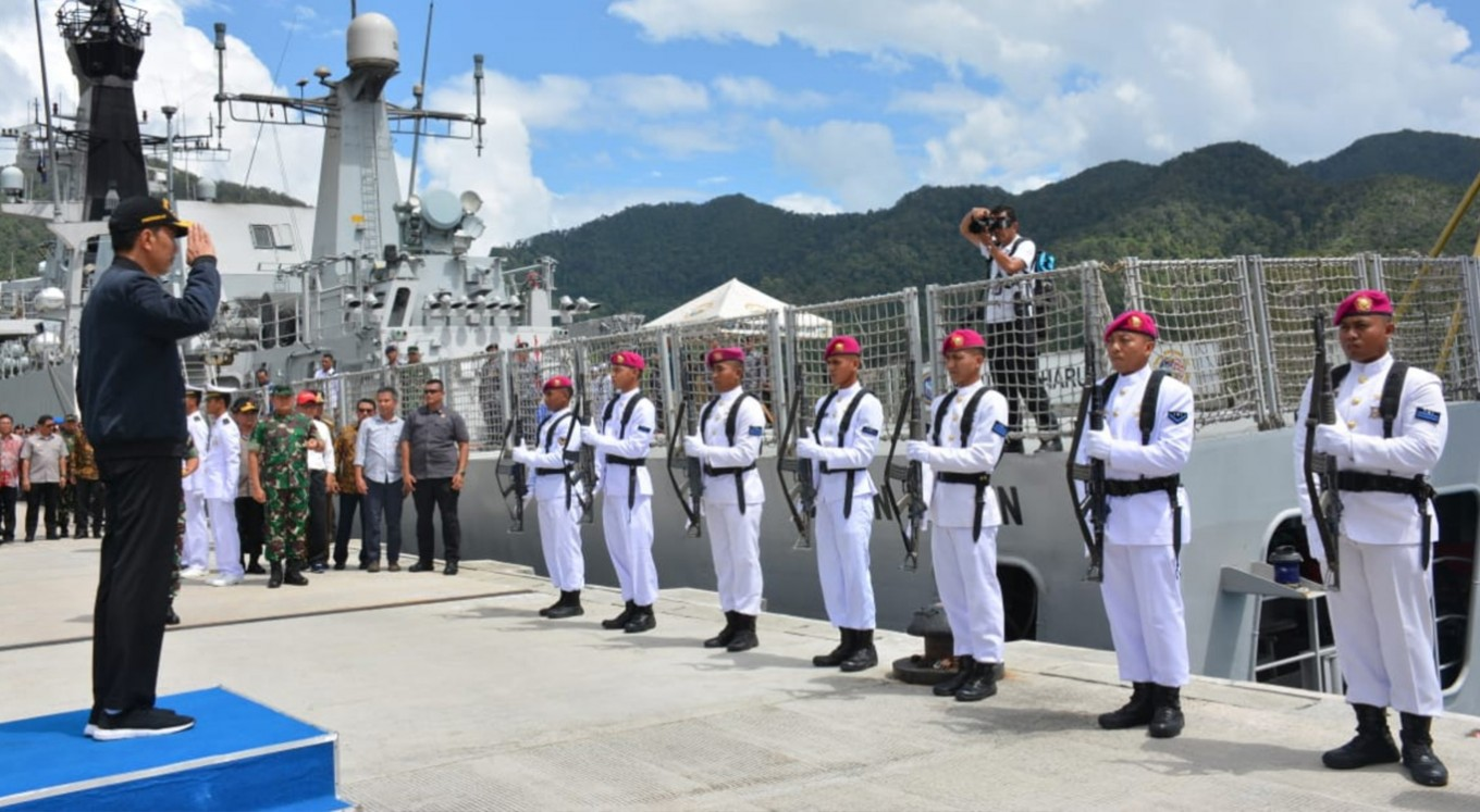 Jokowi visits Natuna amid China standoff