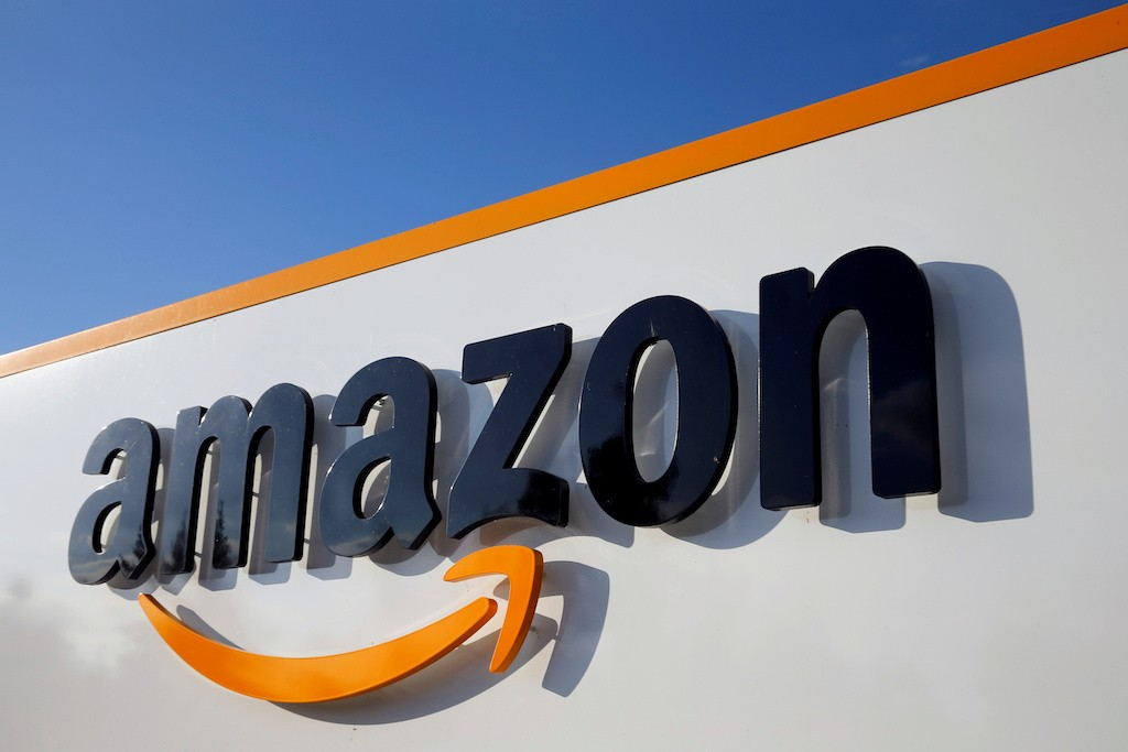 Amazon lays off several staffers for leaking customers' info