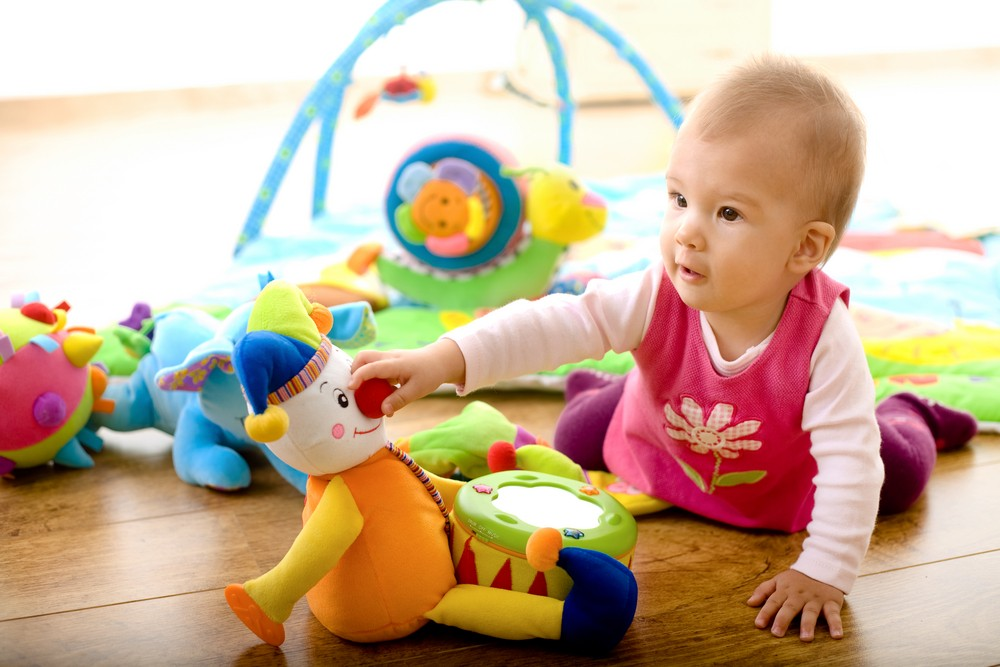 Baby and adult brain activity is in-sync during playtime, finds new study