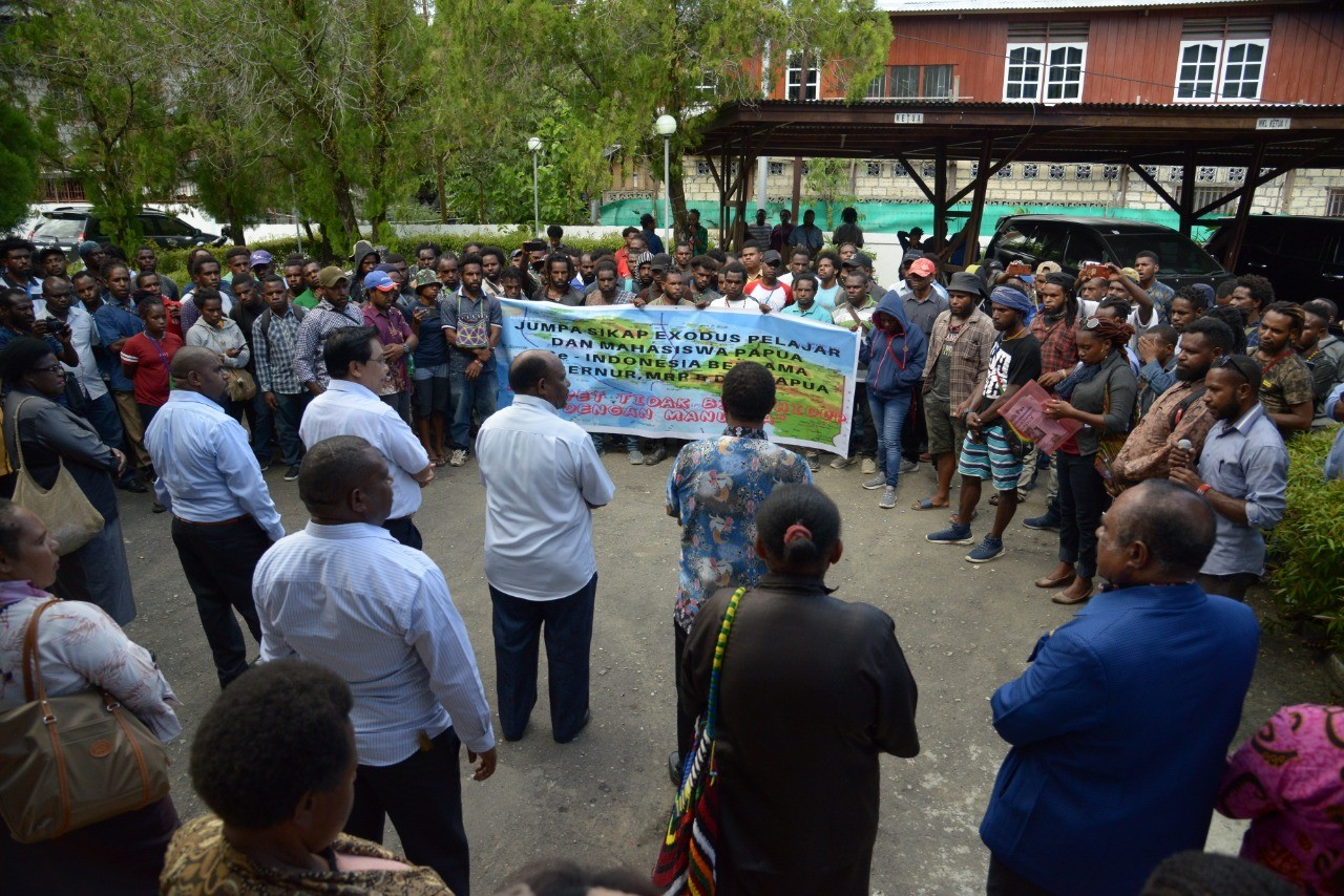 Papuan People's Assembly entrusts safety of Papuan students to Jember regent