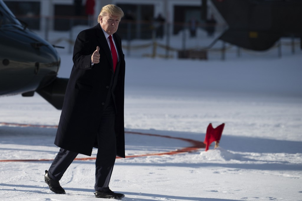 Trump rejects warnings of environmental crisis in speech at Davos