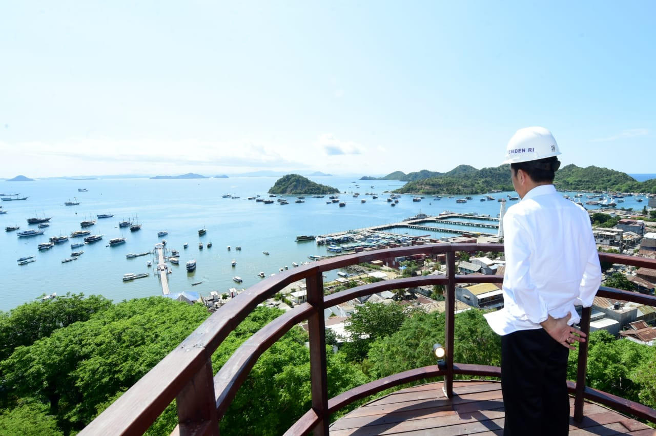 Jokowi wants 'super premium' Labuan Bajo to host G20, ASEAN summits in 2023