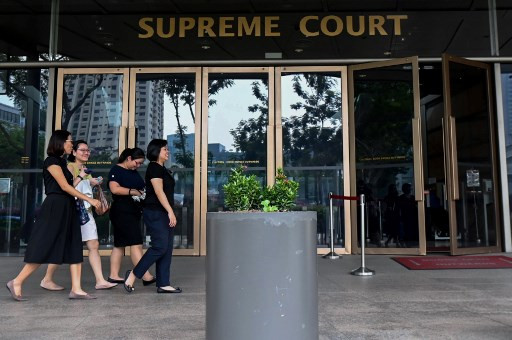Singapore denies 'coup de grace' for botched executions