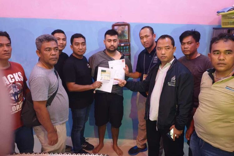 Pakistani fugitive wanted by Interpol for murder arrested in North Sumatra