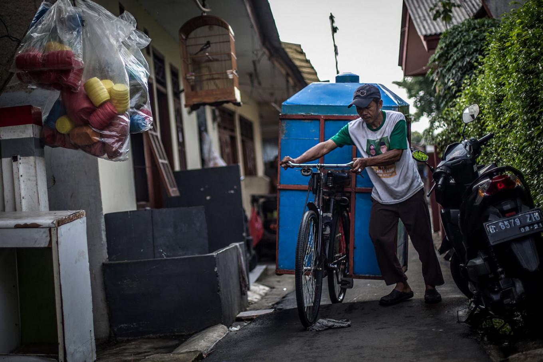 Juhro at a housing complex in Depok, West Java. JP/Afriadi Hikmal