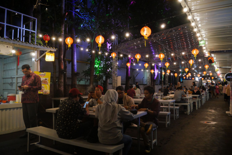 Once a parking lot, Thamrin 10 transforms into center for culinary delights