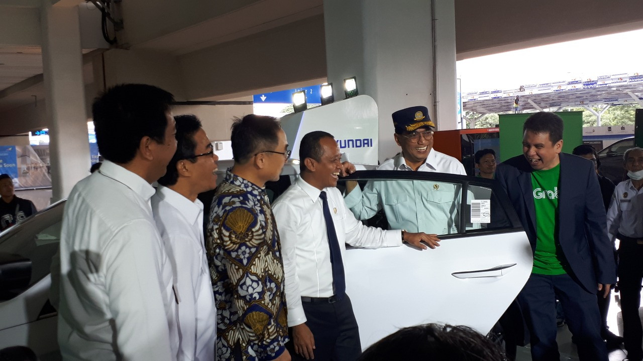 Grab launches new airport e-taxi service at Soekarno-Hatta