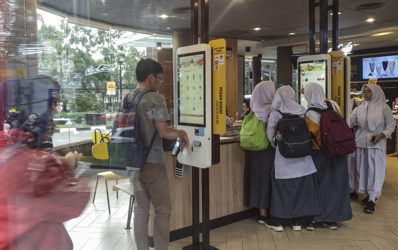 Bandung McDonald's ranks among top-10 in global delivery records, sparking nostalgia for local stomping ground