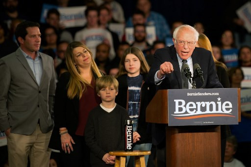 Sanders claims lead as Iowa White House vote turns to fiasco