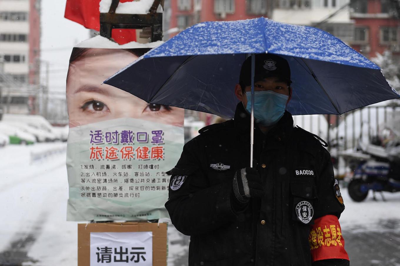 Coronavirus: Final UK flight to bring home Britons from Wuhan