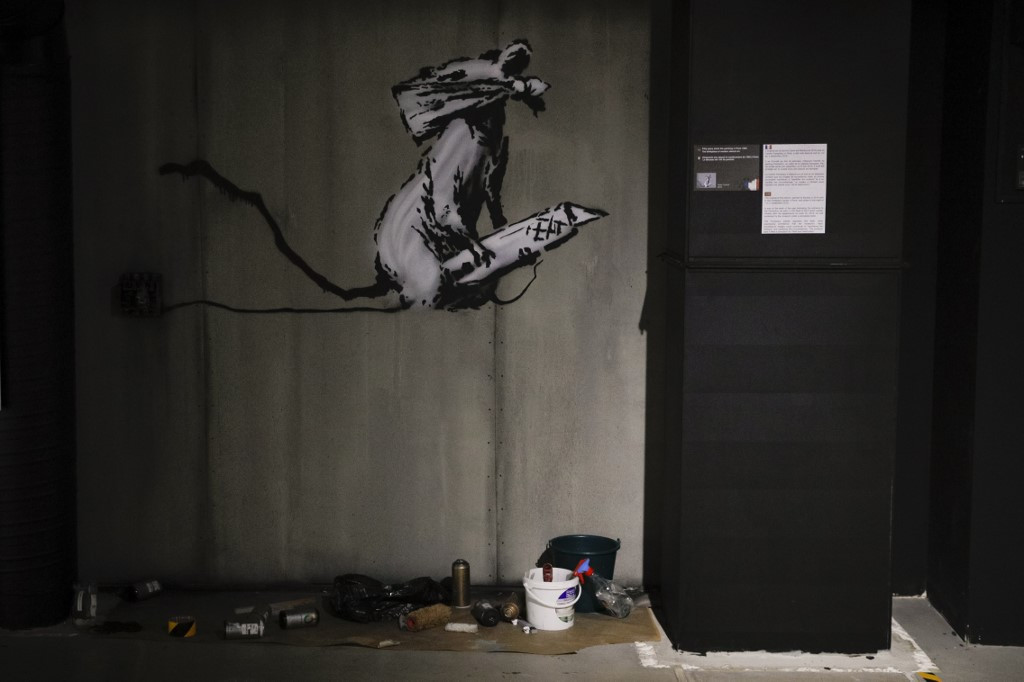 Man charged as two stolen Banksy works found in Paris