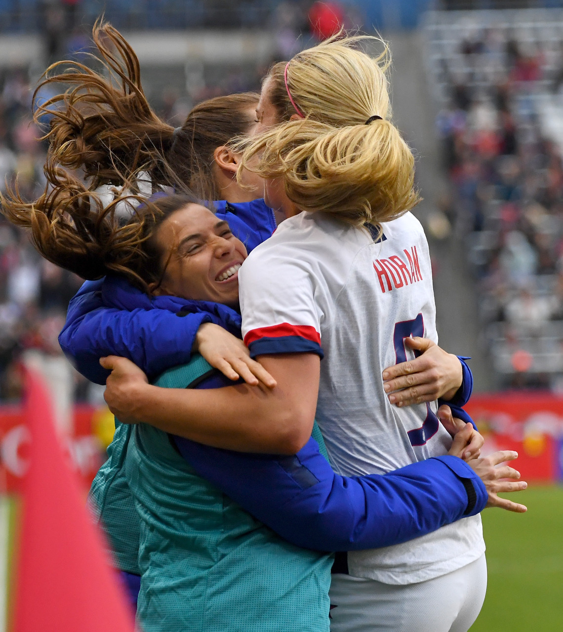 USA beats Canada 3-0 in CONCACAF Olympic qualifying final