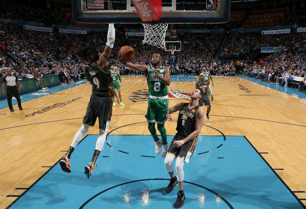Walker scores 27 as Celtics win seventh straight
