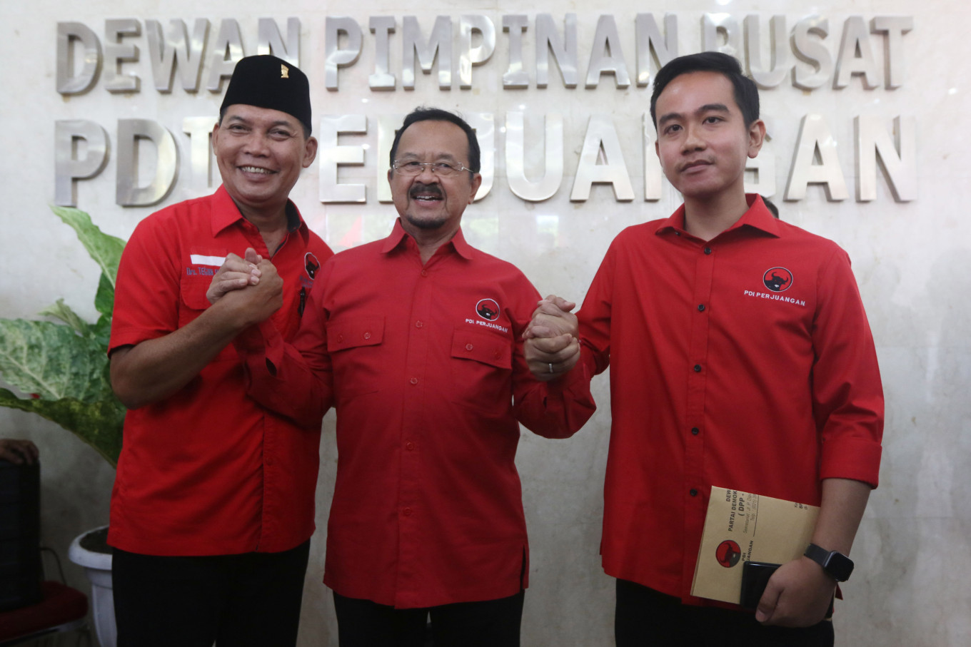Surakarta deputy mayor tests positive for COVID-19, tested shortly after meeting Jokowi