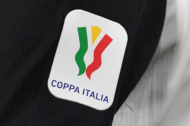 Self-service medal ceremony for Coppa Italia final