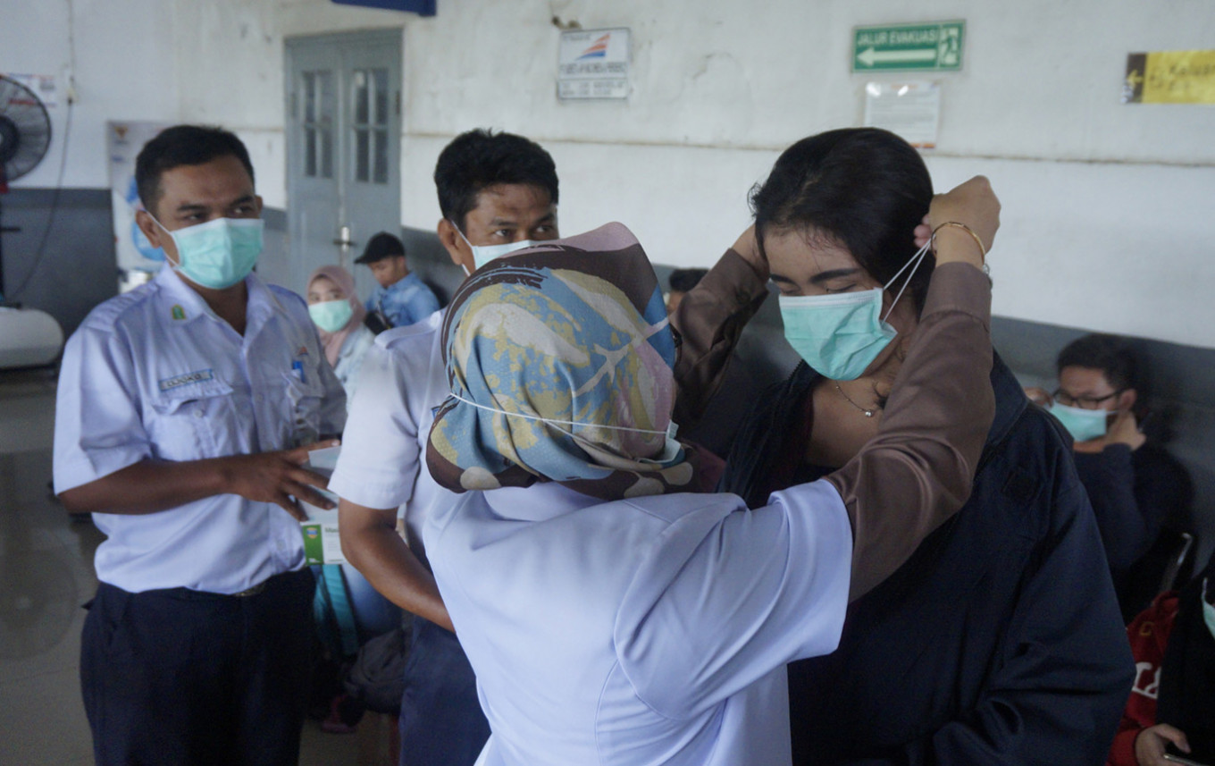 N95 masks are overkill against coronavirus, Health Ministry official suggests