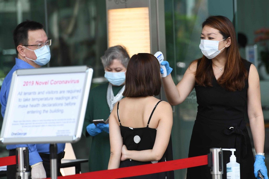 DBS evacuates 300 staff after employee gets coronavirus