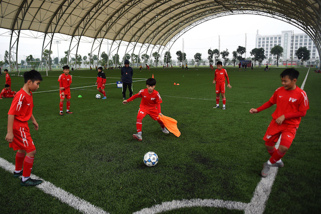 Giggs, Scholes and instant noodles: Vietnam takes pot-shot at World Cup