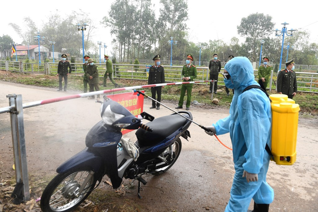 Vietnam quarantines commune of 10,000 over coronavirus