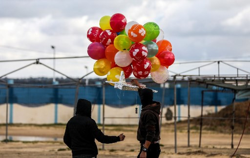 Gaza balloon attacks re-emerge as threat to Israel