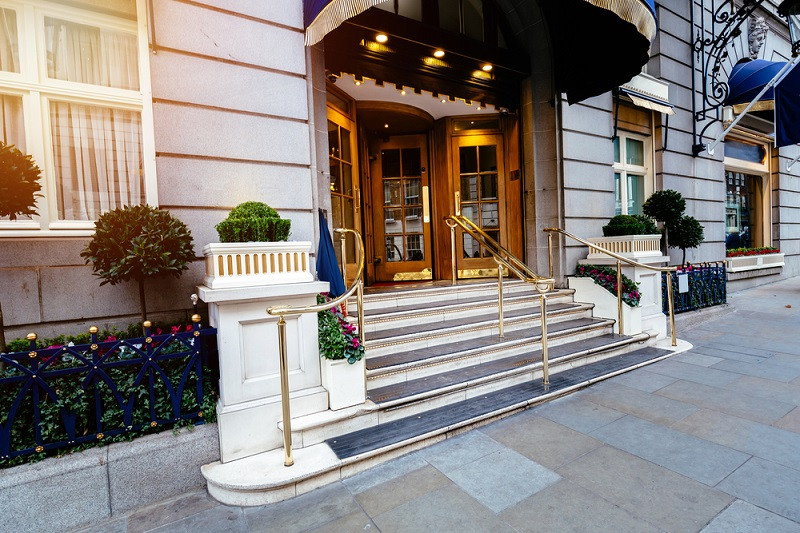 London is the world's best destination for 5-star hotels, according to Forbes