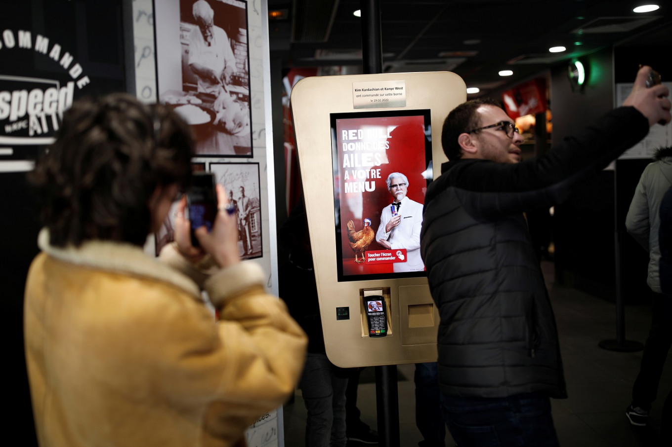 Paris fast food joint revels in Kim and Kanye's visit