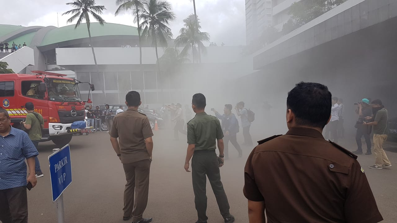 Smoke, but no fire: System malfunction triggers false alarm in House of Representatives complex