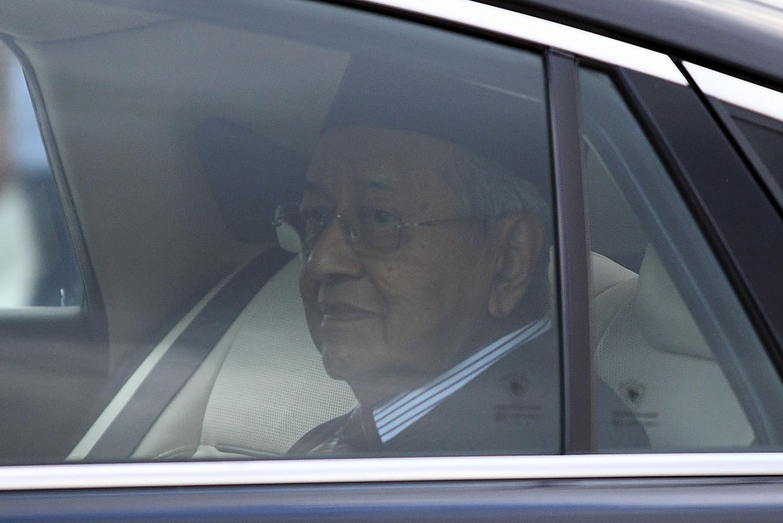 Mahathir strengthens hand amid Malaysian political turmoil