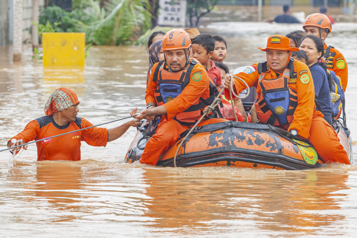 Widespread flooding across West Java leaves thousands of homes inundated