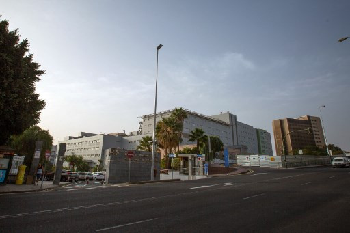 Spain reports first coronavirus case on mainland, hotel in Canaries locked down