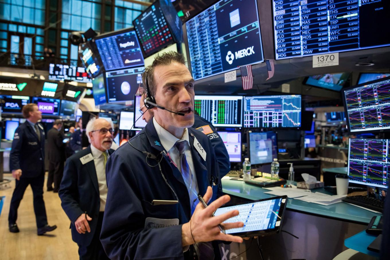 Nasdaq jumps 2.5% to fresh record as big tech shares soar