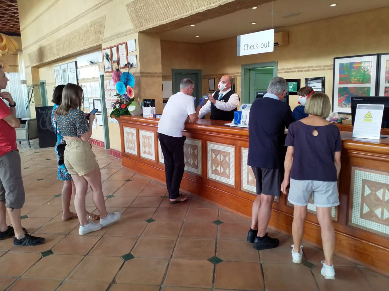 Coronavirus: New case confirmed at Tenerife hotel on lockdown