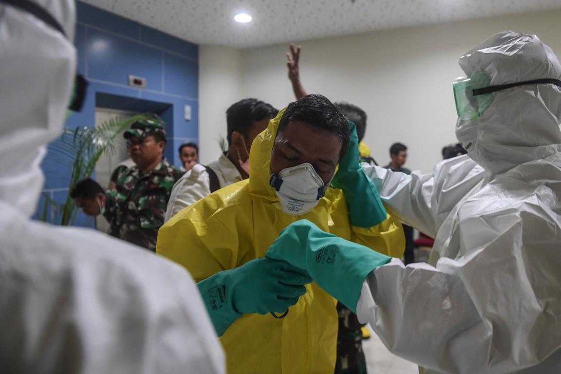 Diamond Princess crew member suspected of having COVID-19 treated at Jakarta's Persahabatan hospital