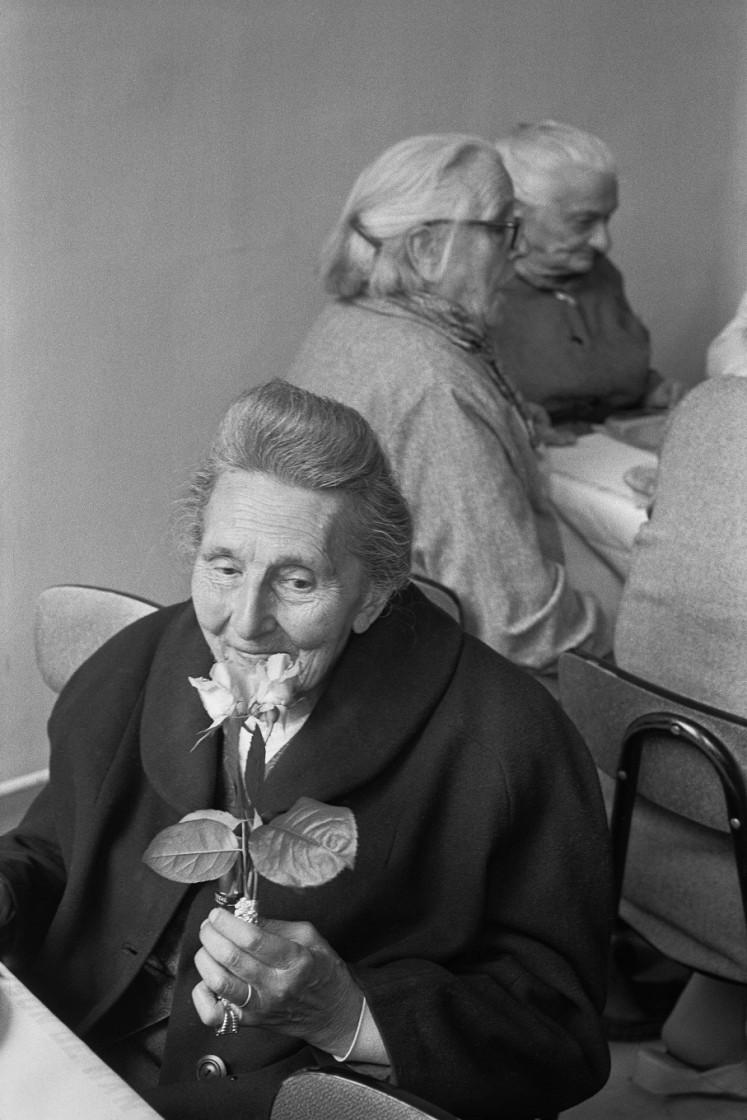'Elderly woman at La Maison de Nanterre nursing home, 1978.'