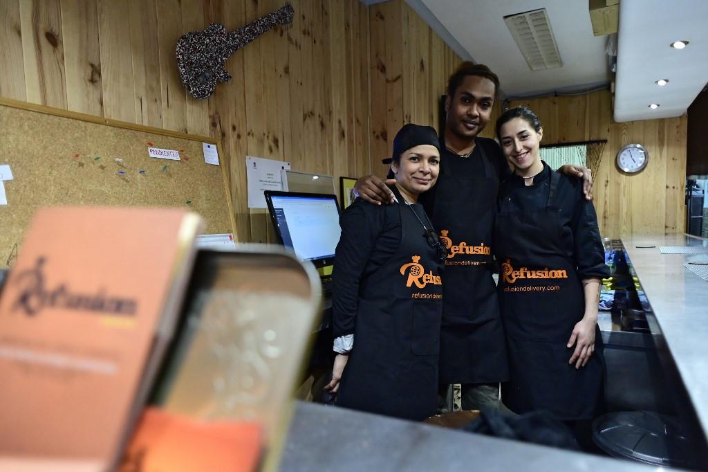 Refugee restaurant seeks to win Spanish hearts
