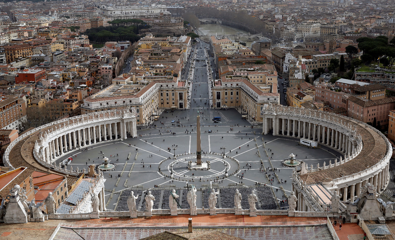 Vatican readies contingency plan against coronavirus in busy papal ...
