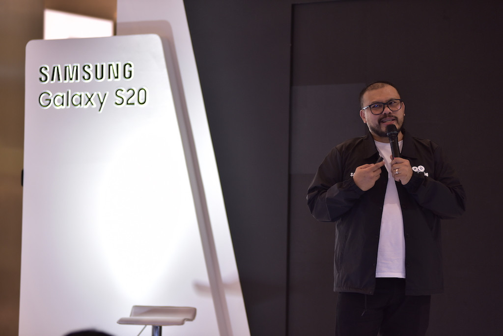 Joko Anwar shares movie making tips at Samsung's Galaxy Movie Studio