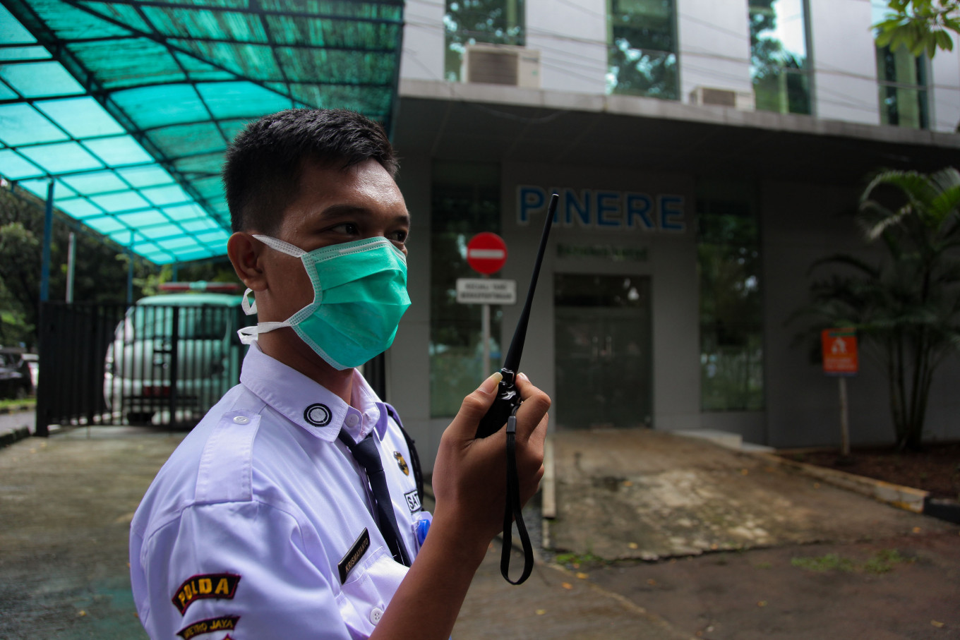 Lawmakers call for better coordination to detect COVID-19 as Indonesians test positive abroad