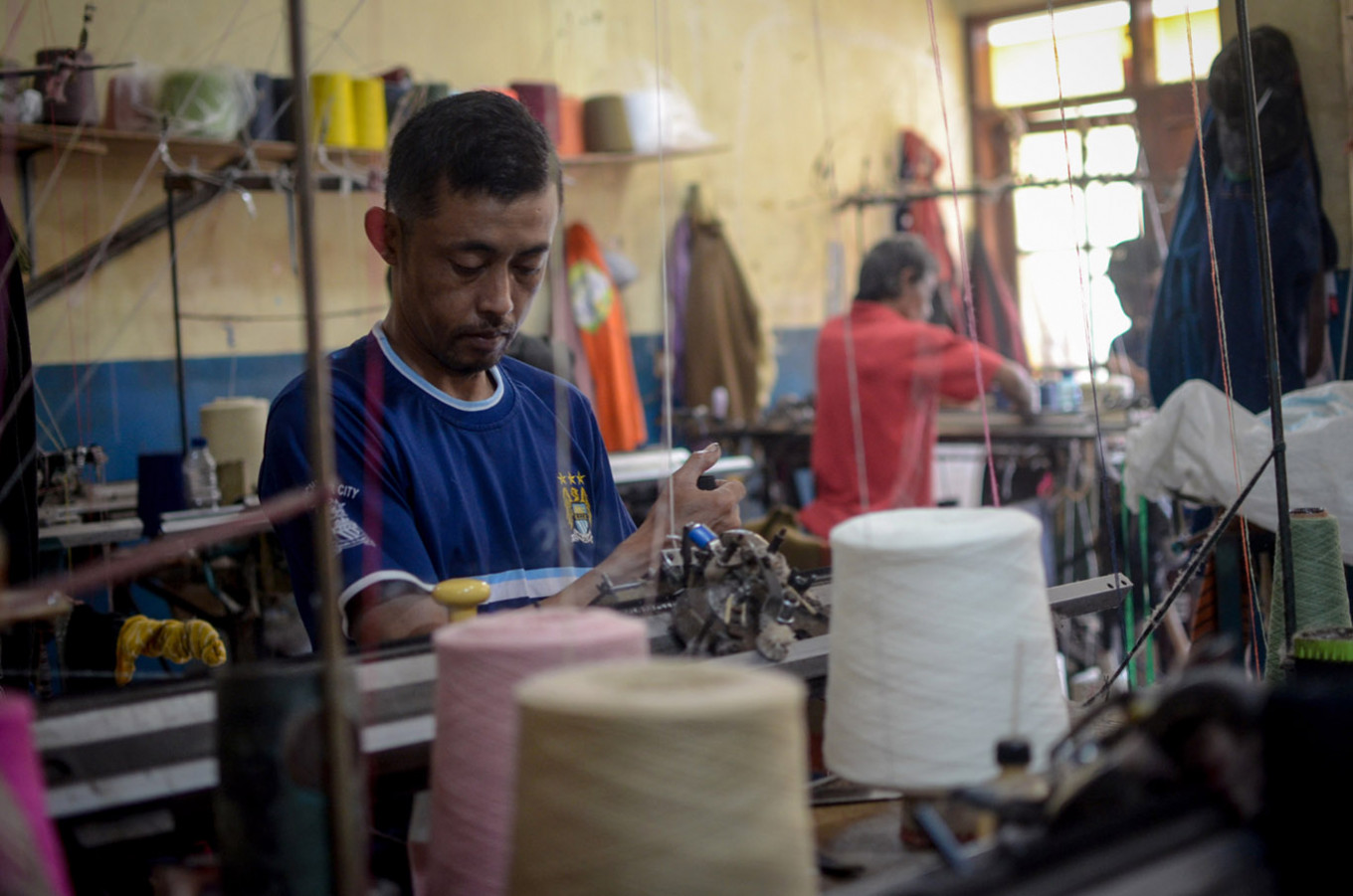 Garment workers seek government, corporate responsibility