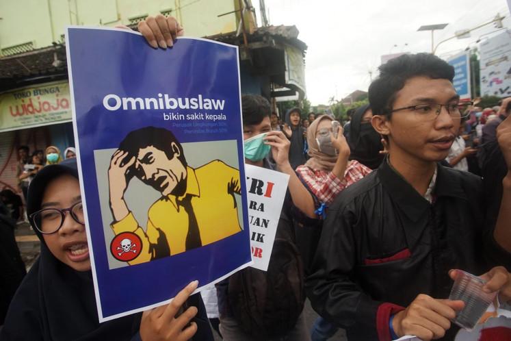 PDI-P, NasDem call to remove labor provisions from omnibus jobs bill