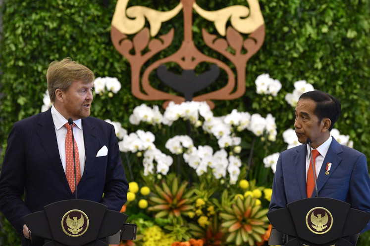 Dutch King Willem-Alexander (left) and President Joko
